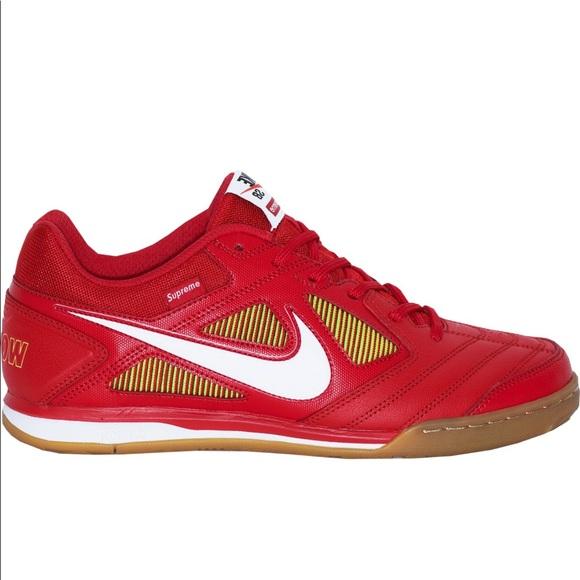 beffaddf722 Nike SB Gato Supreme Red